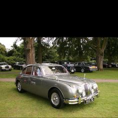 Another beautiful Jaguar MK2..Oh Yeah!