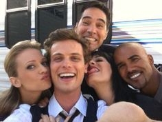 Cast of Criminal Minds <3 AJ Cook, Matthew Gray Gubler, Thomas Gibson, Paget Brewster & Shemar Moore favorite show!