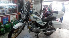 Suzuki lắp kính tại sửa xe máy đà nẵng http://thaivinhmotor.com/tin-tuc-xem/259/sua-chua-xe-may-honda-tai-da-nang/xe-may-thai-vinh.html