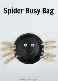 Fine Motor Spider Busy Bag that's super easy to make and encourages numbers, subtilizing, and counting skills for preschool and pre-k. Fine Motor Activities For Kids, Learning Activities, Preschool Activities, Number Activities, Teaching Ideas, Student Teaching, Preschool Worksheets, Halloween Activities, Autumn Activities