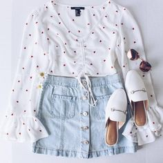 Are you searching for outfits for summer? Look no further in light of the fact that here are the 50 best of the cute summer outfits to wear this summer. Teen Fashion Outfits, Girly Outfits, Look Fashion, Pretty Outfits, Korean Fashion, Girl Fashion, Cute Summer Outfits, Cute Casual Outfits, Spring Outfits