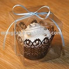 clear plastic cake box