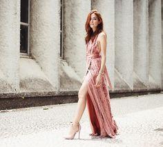 Blush Velvet Dress | Lookbook.nu | Bloglovin'