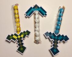 16 Minecraft Candy Swords Party Favors Chocolate Creeper Steve Birthday on… Candy Minecraft, Minecraft Sword, Minecraft Classroom, Minecraft Awesome, Classroom Ideas, Minecraft Bedroom, Minecraft Crafts, Minecraft Furniture, Minecraft Skins