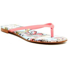 DV By Dolce Vita Daina Sandal (265 ZAR) ❤ liked on Polyvore featuring shoes, sandals, butterflies, slipon shoes, flat slip on shoes, dolce vita sandals, flat heel shoes and dolce vita flats
