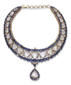 AN IMPRESSIVE INDIAN DIAMOND AND SAPPHIRE NECKLACE