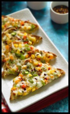 Chilli cheese toast is a quick and delicious Indian snack! Spicy and cheesy….simply yum! It's not to be confused with the chilli you get here in the US. It's a simple, open faced toast with cheese and lots of spicy green chillies. Well it's not the healthiest snack out there, but its alright to … … Continue reading →