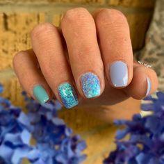 Nail Polishes, Gel Nails, Baby Blue Nails, Siren Mermaid, Fingernail Designs, Pretty Nail Art, Dipped Nails, Colorful Nail Designs, Nail Stuff