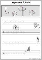 practica minuscula i e q o Perfect Handwriting, Learn Handwriting, Improve Your Handwriting, French Cursive, French Alphabet, French Lessons, Penmanship, Preschool Kindergarten, Learning