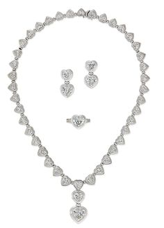 Heart shape diamond suite.