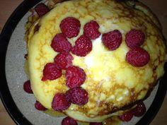 Lemon Ricotta Pancakes with Fresh Raspberries | Le Food Snob