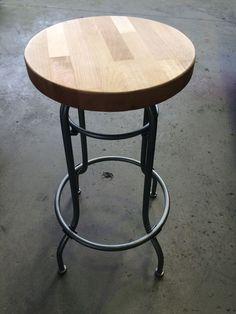 Designer b cherregal industriedesign metallregal regal for Barhocker bei ebay