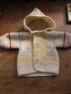 Baby Surprise Jacket (BSJ) by Elizabeth Zimmerman. Check it on Ravelry in many variations and hundreds of color choices Knitting For Kids, Baby Knitting Patterns, Baby Patterns, Knitting Projects, Baby Pullover, Baby Cardigan, Knit Or Crochet, Crochet For Kids, Baby Surprise Jacket