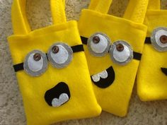 Despicable Me Funny Minion Party Bags.