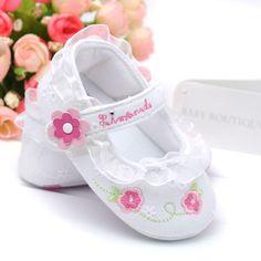 Modelos White Hot Princesa sapatos de bebê brancas rendas sapatos de criança sapatos bebés pequena flor sapatos da criança idade 0-1, 3pairs/lot $12,41