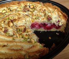 Danish Hygge, Hygge Christmas, Scandinavian Food, Danish Food, Christmas Cookies, Baked Goods, Quiche, Raspberry, Deserts