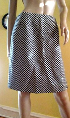 Wool Black and White ZigZag Tailored Skirt. by MISSVINTAGE5000