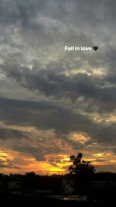 Quotes About Photography, Tumblr Photography, Sunset Photography, Sunset Quotes Instagram, Mood Instagram, Creative Instagram Stories, Instagram Story Ideas, Sky Quotes Clouds, Snapchat Picture