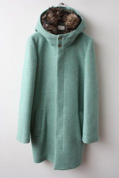 Ohta Melton mint green winter coat with fur hood Look Fashion, Winter Fashion, Fashion Outfits, Womens Fashion, Pretty Outfits, Beautiful Outfits, Winter Wear, What To Wear, Style Me