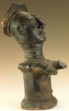 Côte d'Ivoire; Anyi peoples Male figure. Ceramic Mid 17th-early 20th century H x W x D: 39.4 x 14.6 x 15.2cm Photograph by Franko Khoury National Museum of African Art Smithsonian Institution