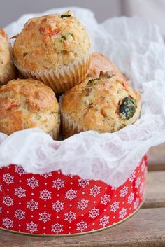 Cheddar, zucchini and bell pepper muffins