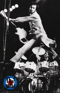 The Who is an English rock band formed in 1964 by Roger Daltrey (vocals), Pete T. The Who is an English rock band formed in 1964 by Roger Daltrey (vocals), Pete Townshend (guitar), John Entwistle (b Roger Daltrey, Keith Moon, Hard Rock, Music Is Life, My Music, Rock And Roll, Mundo Musical, Jazz, Pete Townshend
