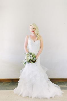 Marsala Elegance Wedding   SouthBound Bride   http://southboundbride.com/marsala-elegance-wedding-at-the-rose-pavilion-by-genevieve-fundaro   Credit: Genevieve Fundaro