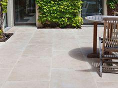 Limestone: La Roche limestone pavers