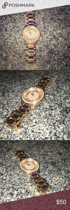 Rose Gold Relic Watch Brand new, perfect condition, only worn once. Relic Accessories Watches