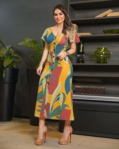Round Neck Back Slit Red Sheath Dress Dress Skirt, Bodycon Dress, Sheath Dress, Latest African Fashion Dresses, Indian Designer Wear, Ladies Dress Design, Designer Dresses, Casual Dresses, Fashion Outfits