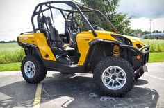 New 2016 Can-Am Commander XT 800R ATVs For Sale in Wisconsin. 2016 Can-Am Commander XT 800R, 2016 Can-Am® Commander XT 800R Loaded with features and technology that take value to a new level, the Commander XT is built with best-in-class power, a versatile dual-level cargo box, and rider-focused features perfect for the job site or the trails. Features may include: CATEGORY-LEADING PERFORMANCE Available in a 71-hp Rotax 800R or 85-hp Rotax 1000 liquid-cooled V-Twin engines with four valves…