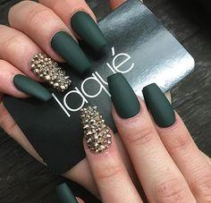 Olive nails