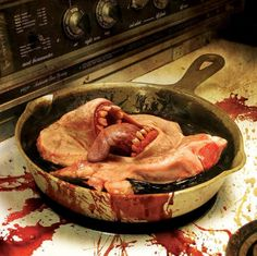 Horror Art, Horror Movies, Cattle Decapitation, Horror Photography, Macabre Art, Death Metal, Rarity, Insta Art, Cover Art