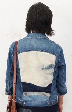painting on an old jeans jacket Painted Denim Jacket, Painted Jeans, Painted Clothes, All Jeans, Denim On Denim, Jean Jacket Outfits, Jacket Jeans, Denim Art, Denim Look