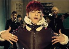 Ukwon     I don't know I don't know I don't know but I'm hot hot  You know what You know what You know what what I mean mean <3