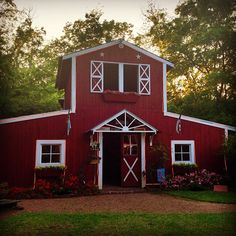 Bed & Breakfast in Tyler, Texas. I am gonna stay here my next visit! Way cute!