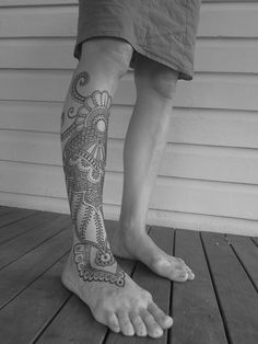 I want this as a tattoo!! it even has octopus tentacles at the top!