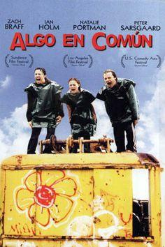 ALGO EN COMUN (Zach Braff, 2004) Comedia generacional de la década pasada por excelencia, fue la mejor campaña promocional de un grupo ever. De The Shins, concretamente.