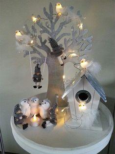 Zobrali obyčajný tanier, 4 sviečky a pár ozdob: 21 dôkazov, že z toho môžu byť tie All Things Christmas, White Christmas, Christmas Time, Christmas Crafts, Merry Christmas, Christmas Decorations, Xmas, Christmas Ornaments, Holiday Decor