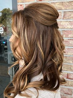 45 Hottest Half Updos To Look Different & Stunning Cute Prom Hairstyles, Bride Hairstyles, Headband Hairstyles, Hairstyles Haircuts, Prom Hair Medium, Medium Hair Styles, Long Hair Styles, Prom Hair Updo Elegant, Half Updo