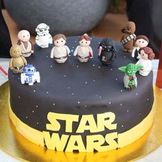 THE Star Wars cake. Figures made using polymer clay.