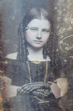 A Beauty in Mourning~Daguerreotype