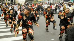 Festejo de la comunidad boliviana -en Bs. Aires- en el Día de la Diversidad Cultural Americana (20 fotos) - http://factorfotos.blogspot.com/2013/10/festejo-de-la-comunidad-boliviana-en-el.html?spref=fb