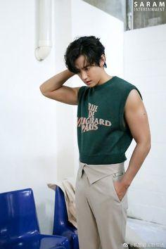 Kwon Yul, Korean Actors, Normcore, Style, Fashion, Swag, Moda, Fashion Styles, Fashion Illustrations