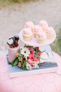 Vanilla and pink cupcakes