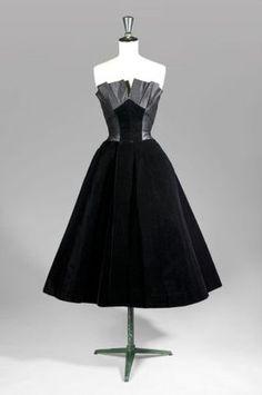 Jacques Fath, Evening Gown of Black Velvet & Duchesse Satin. Paris, c. 1950.