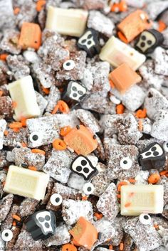 Food   Illustration   Description   HALLOWEEN MUDDY BUDDIES – looking for an easy Halloween treat? This muddy buddies recipe is great for a Halloween party or spooky movie night!    – Read More –
