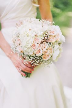 Classic rose bouquet | Photography: rachwalphotography.com View entire slideshow: Kentucky Derby Wedding Details We Love on http://www.stylemepretty.com/collection/245/