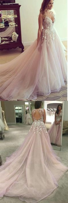 fantasy sweep train tulle wedding dress, fashion bridal dress with lace appliques, elegant v-neck prom dress with lace