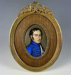 """Antique French Soldier Portrait Miniature, c.1830s 6"""" Bowtop Frame, Porcelain Plaque Antique Frames, Antique Art, Miniature Portraits, Old Paintings, Plaque, French Antiques, Making Out, Sculptures, Survival"""